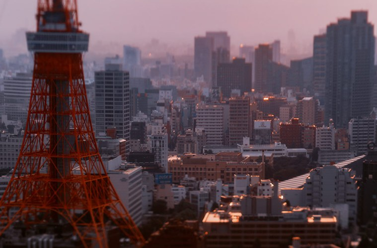 Tokyo Tower in tilt shift using Hasselblad HTS