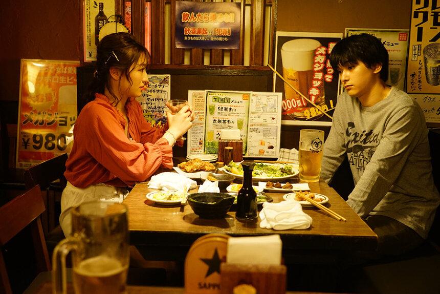 《AWAKE》釋出多張劇照 吉澤亮散發出陰沉的魅力 - JAPANSTAR情報局