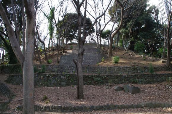 The kofun just looks like a big hill. Keep in mind, we don't know who was in here, but at least we can get an idea of the culture that lived in the surrounding areas along the bay.