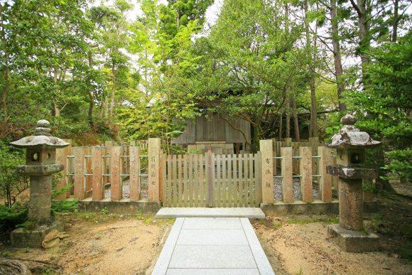 Onogoro Shrine