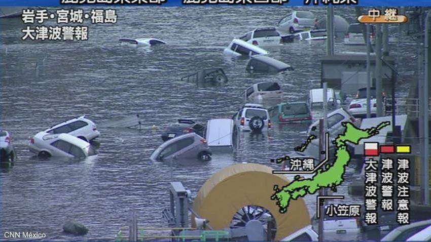 Imagen del tsunami que ha arrasado el norte de Japón tras el terremoto (11 de marzo de 2011)