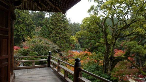 Monte Shosha (Himeji): Terraza del Maniden