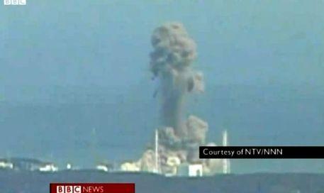Explosión en la central nuclear de Fukushima tras el tsunami del 11 de marzo de 2011