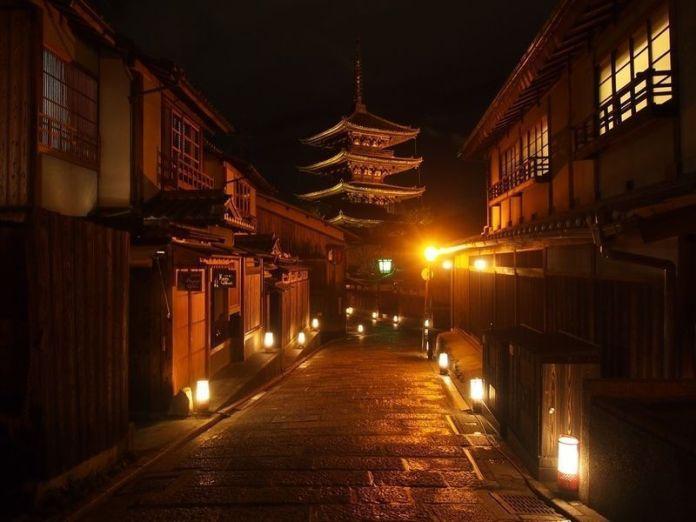 Festivales de Japón: el Higashiyama Hanatouro (東山花灯路), un precioso festival de iluminación celebrado en Kioto a principios de marzo durante 10 días.