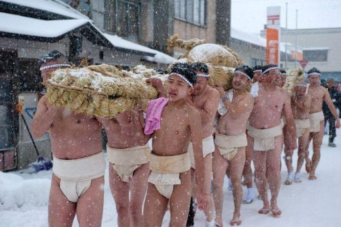 Festivales de Japón: el festival de desnudos Toshina Hono Gyoji en la prefectura de Aomori