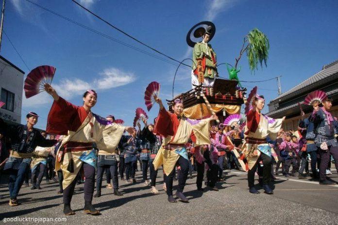 Festivales de Japón: el Sawara No Taisai Natsu Matsuri(佐原の大祭-夏祭り) o Gran Festival de Verano de Sawara, en Katori (Chiba)