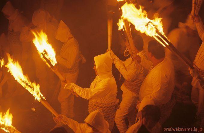 Festivales de Japón: Oto Matsuri (お燈まつり) o festival de las linternas de Shingu