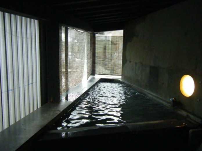 Baño Shiroganeyu (しろがね湯) en Ginzan Onsen.