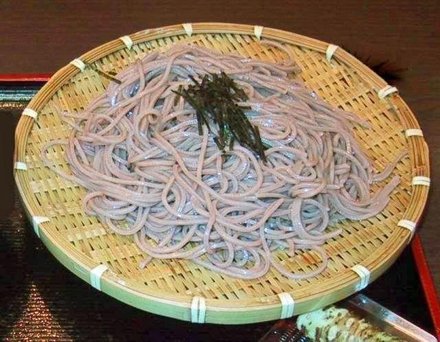 Zarusoba, con fideos de trigo sarraceno (alforfón)