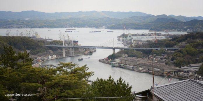 Gran puente de Onomichi. En bicicleta por Japón: ruta Shimanami Kaido a Shikoku por el mar interior de Seto