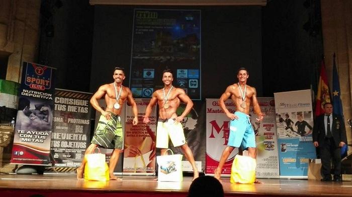 Podium talla alta del campeonato de Extremadura 2015 de la categoría de Mens Physique
