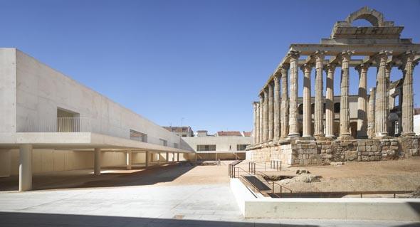 Plaza del Tempo de Diana