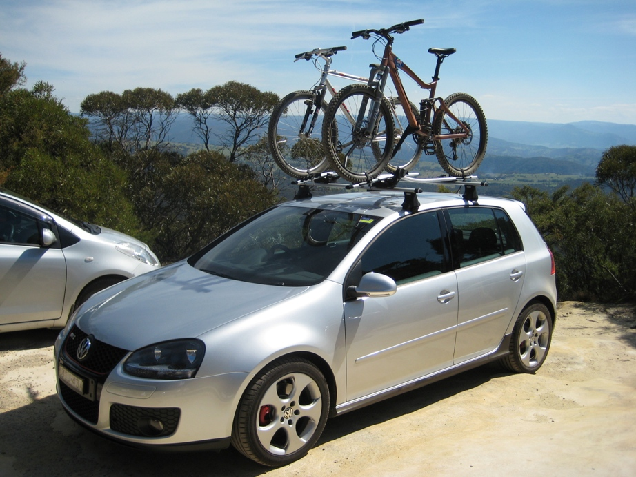 4 Car Roof Rack Safety Tips