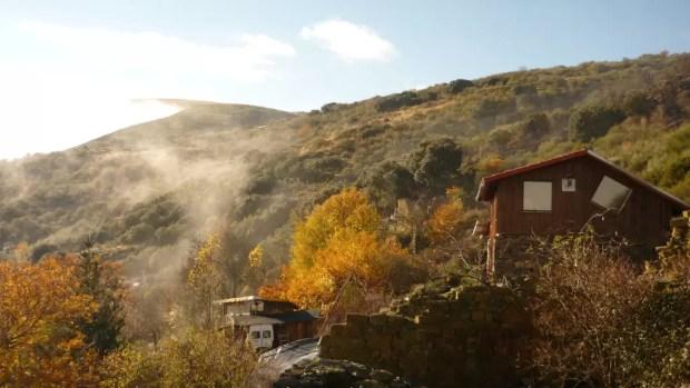 Conheça uma das comunidades que vivem em meio a natureza; Matavenero na Espanha