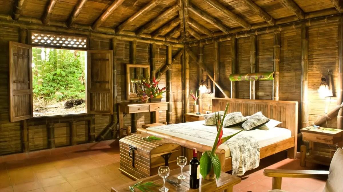 Que tal construir uma casa utilizando bambus?!