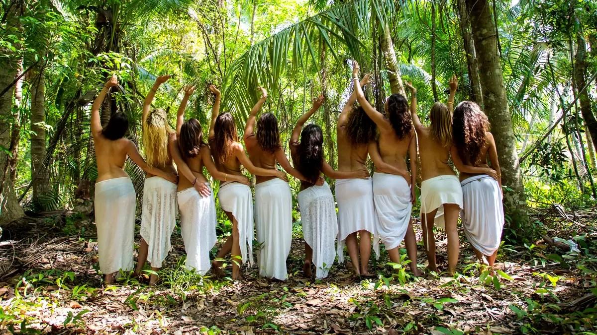 Women-in-jungle-1200x675