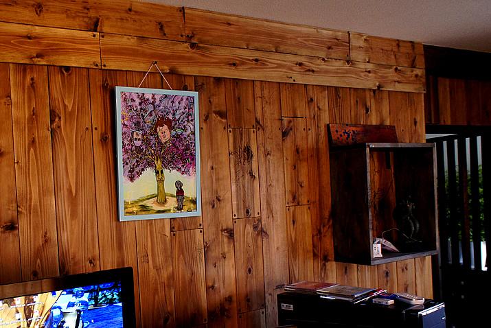 ついに・・事務所に絵画がやってきた:KOTAさんタイトルは「Symbiosis(共生)」