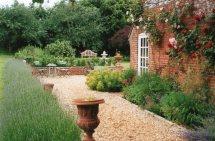Making Country Garden Jardin