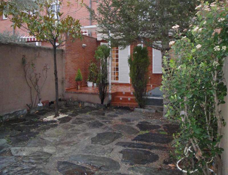 El antes y despu s de un peque o jard n jardines con alma for Jardin y natura
