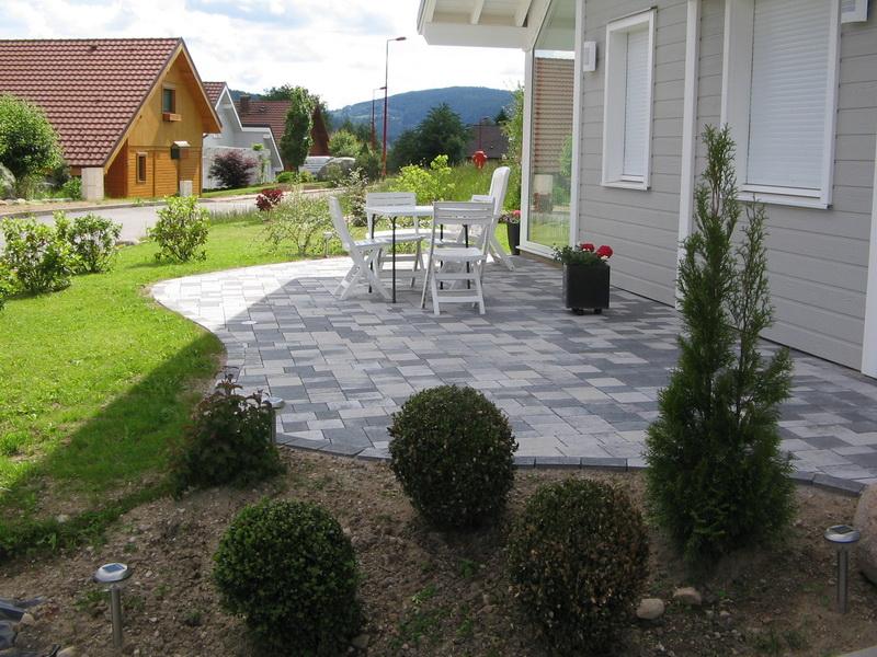 11 choix de terrasses pour vous accompagner au jardin  Jardinier Conseil