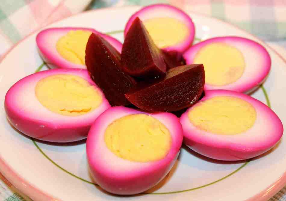 20180204G pickled beet egg, www.bitchinfrommelanieskitchen.com.jpg