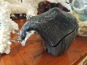 Rhinocéros en verre, CHINE - Prix de vente : 45€.