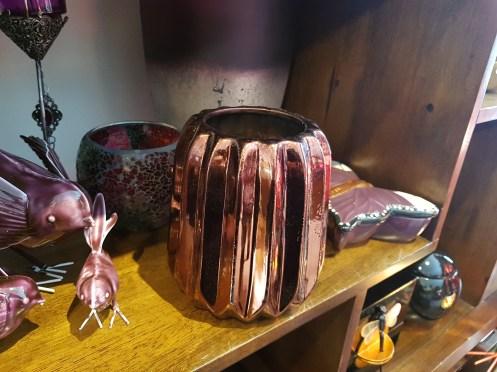 Vase en céramique cannelée, CHINE - Prix de vente : 15€.