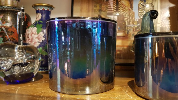 Cache-pot style émaillé en céramique, INDE - Prix de vente : 16€.