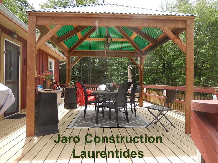 Gazbo et abri de jardin  Jaro Construction
