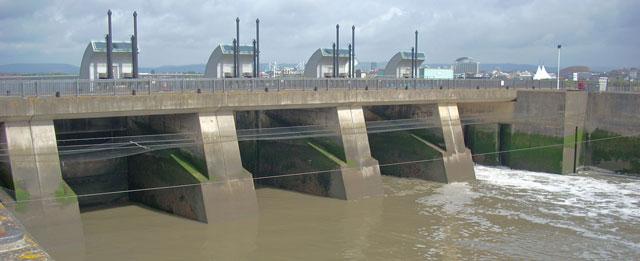 Sluice-Gates-Cardiff-bay