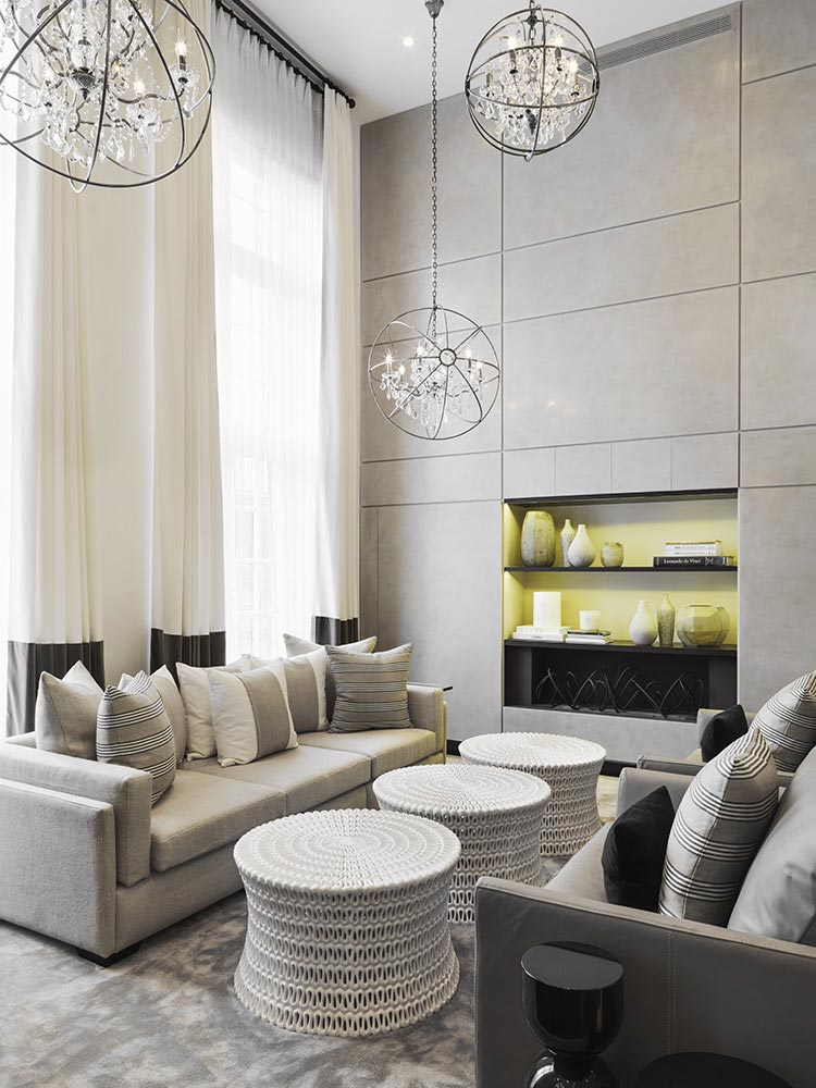 Beautiful-living-room-by-Kelly-Hoppen.jpg