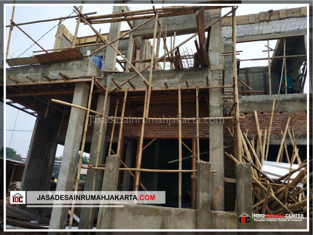 Tampak Depan Rumah Bu Cahya - Arsitek Gambar Desain Rumah Klasik Modern Di Bekasi-Jakarta-Surabaya-Tangerang-Bandung-Jasa Konsultan Desain Arsitek Profesional 1