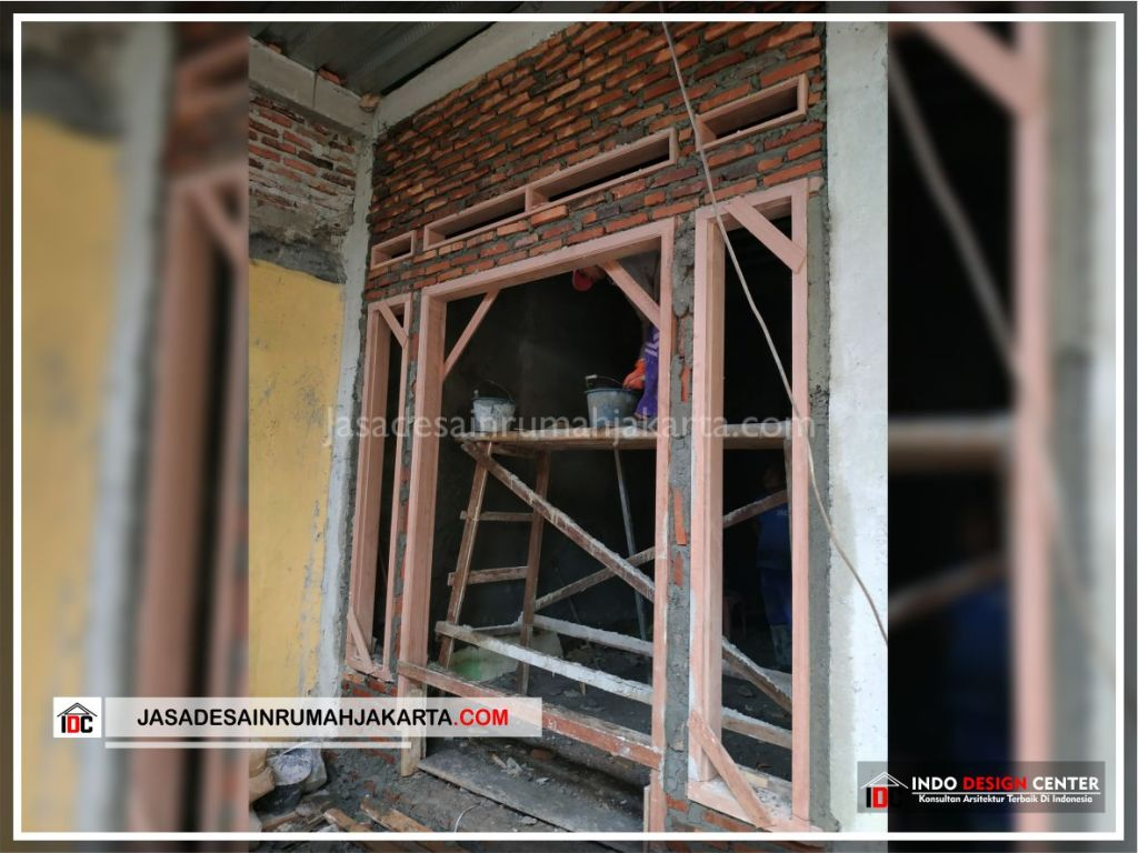 Pemasangan Kusen Rumah Bpk Tarsi-Arsitek Gambar Desain Rumah Minimalis Modern Di Tangerang-Jakarta-Surabaya-Bekasi-Bandung-Jasa Konsultan Desain Arsitek Profesional 1