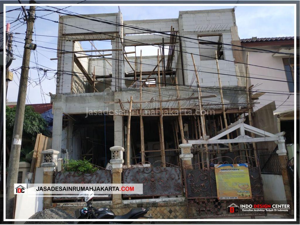 Tampak Depan Rumah Bpk Adi-Arsitek Gambar Desain Rumah Minimalis Modern Di Tangerang-Jakarta-Surabaya-Bekasi-Bandung-Jasa Konsultan Desain Arsitek Profesional 2