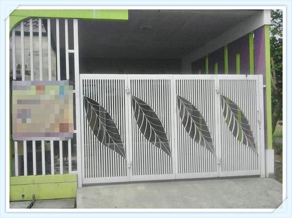 Desain Pagar Rumah Lipat