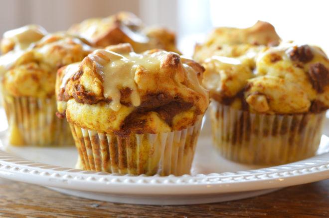 pumpkin-orange-roll-cupcakes