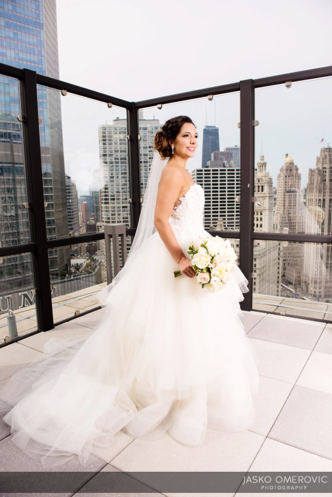 chicago-wedding-photographer-wyndgam-hotel-river-front-12