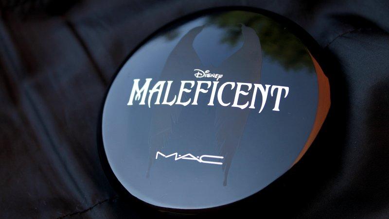 mac maleficent beauty powder
