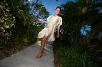 Tropical Resort Wear Tips from Style Icons