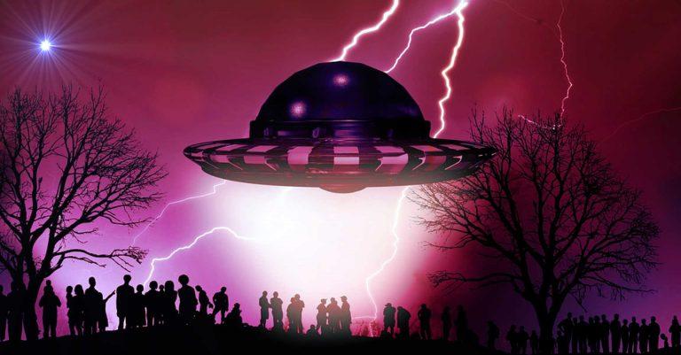 https://i0.wp.com/jason-mason.com/wp-content/uploads/2019/02/UFO-Men-in-Black-768x401.jpg