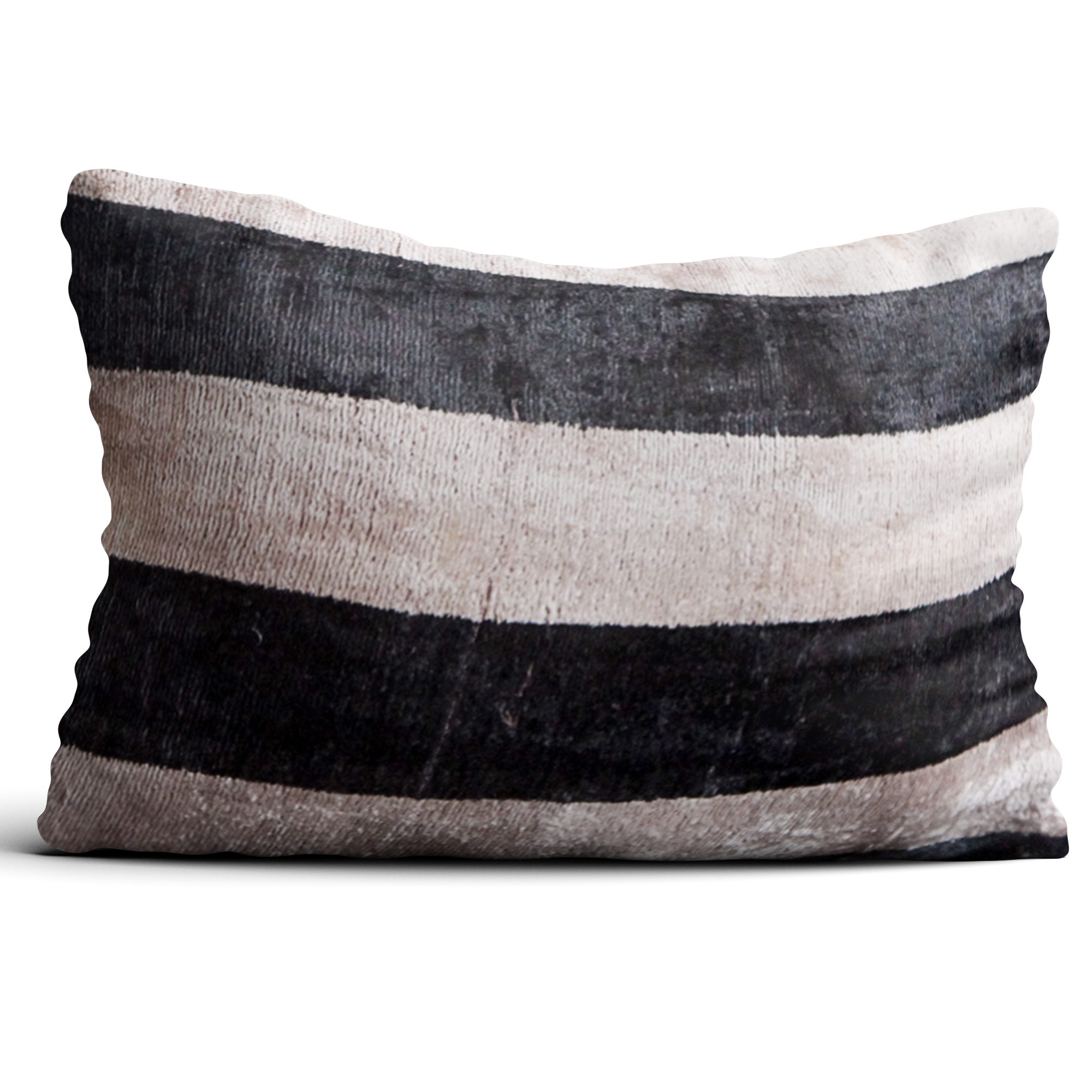4323-silk-velvet-pillow