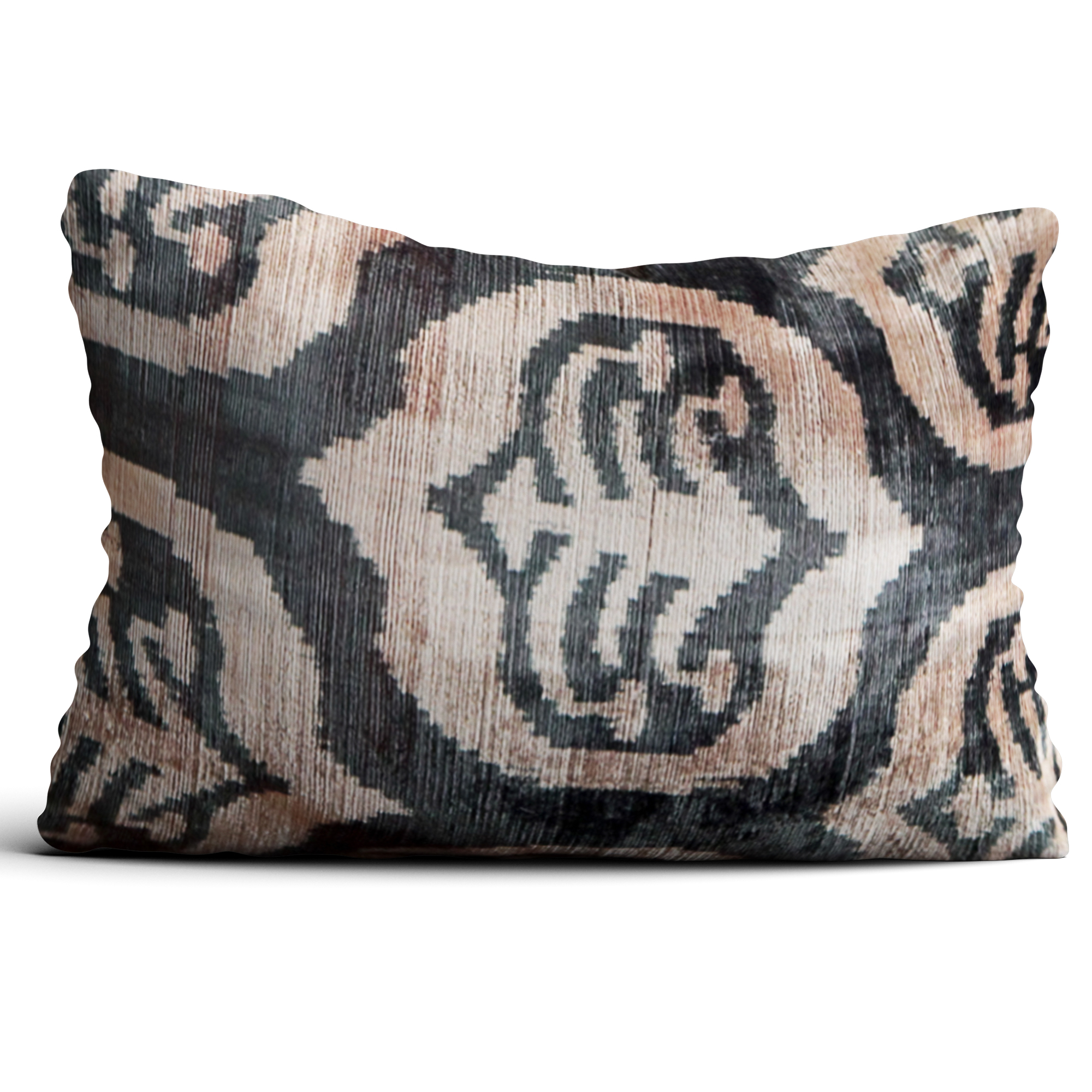 6569-silk-velvet-pillow