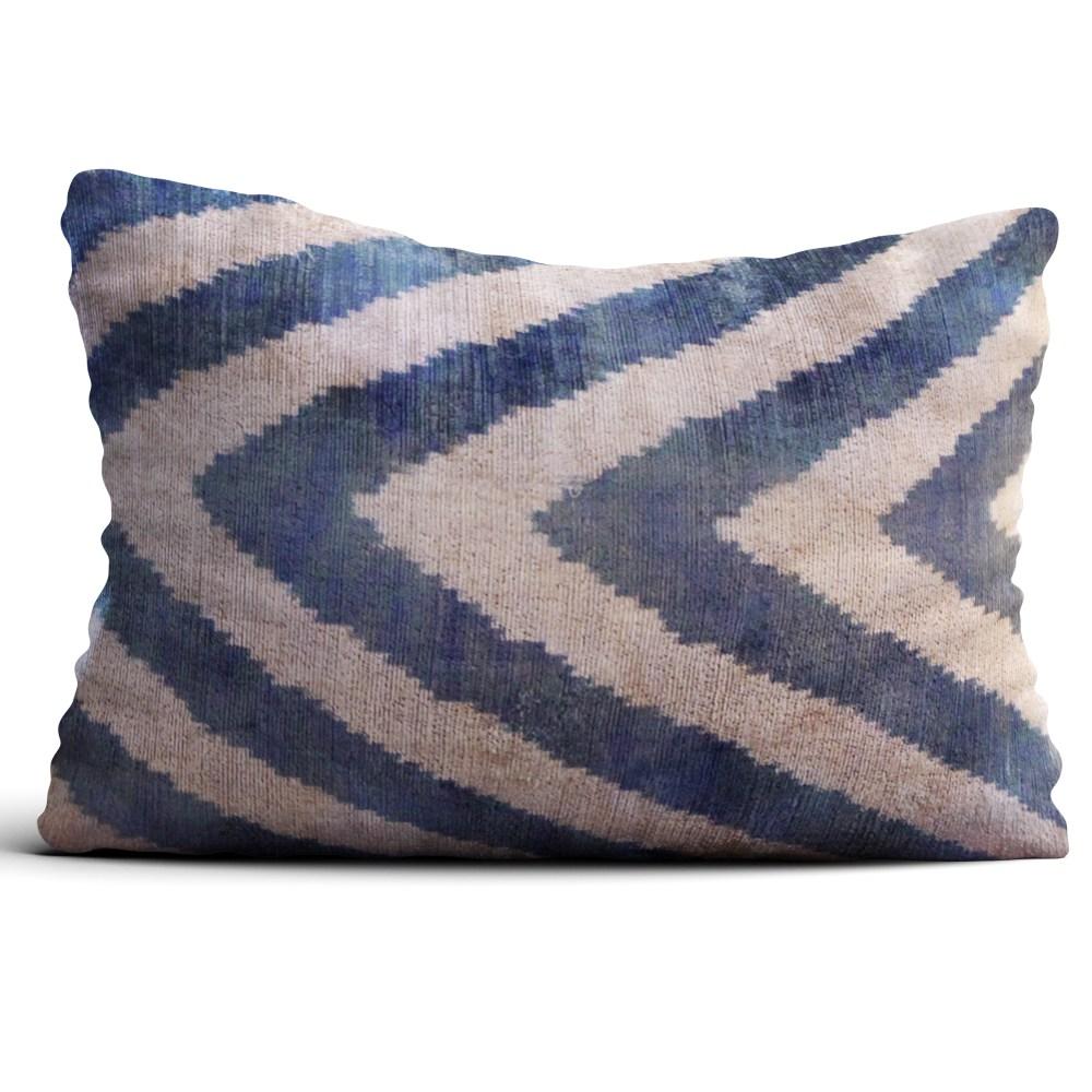 8163-silk-velvet-pillow