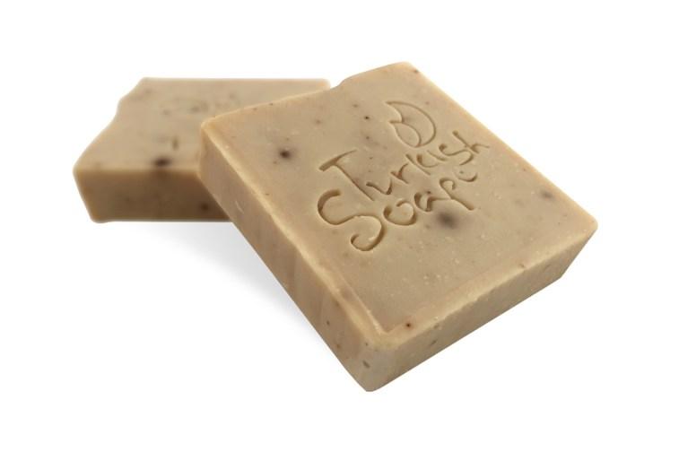 TSDS108319-black-sesame-oil-soap