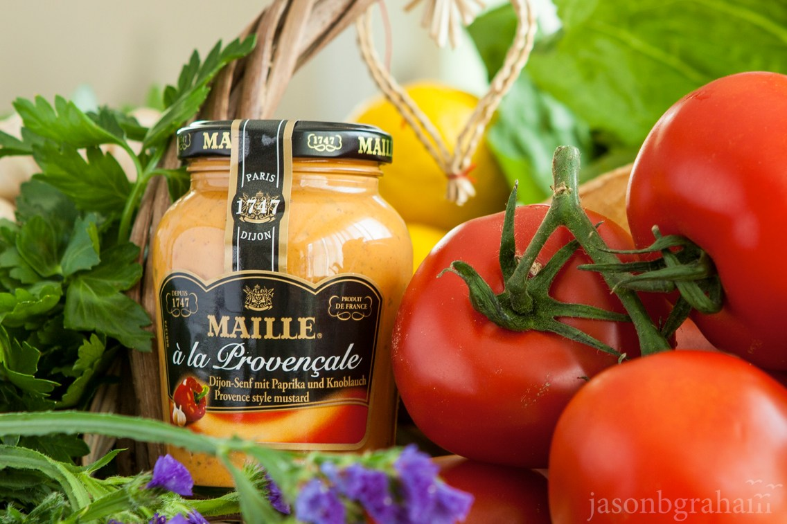 maille-provencale-with-tomatoes