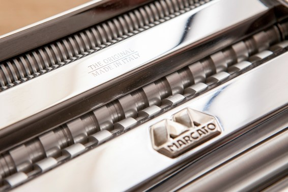 marcato-pasta-machine-close-up