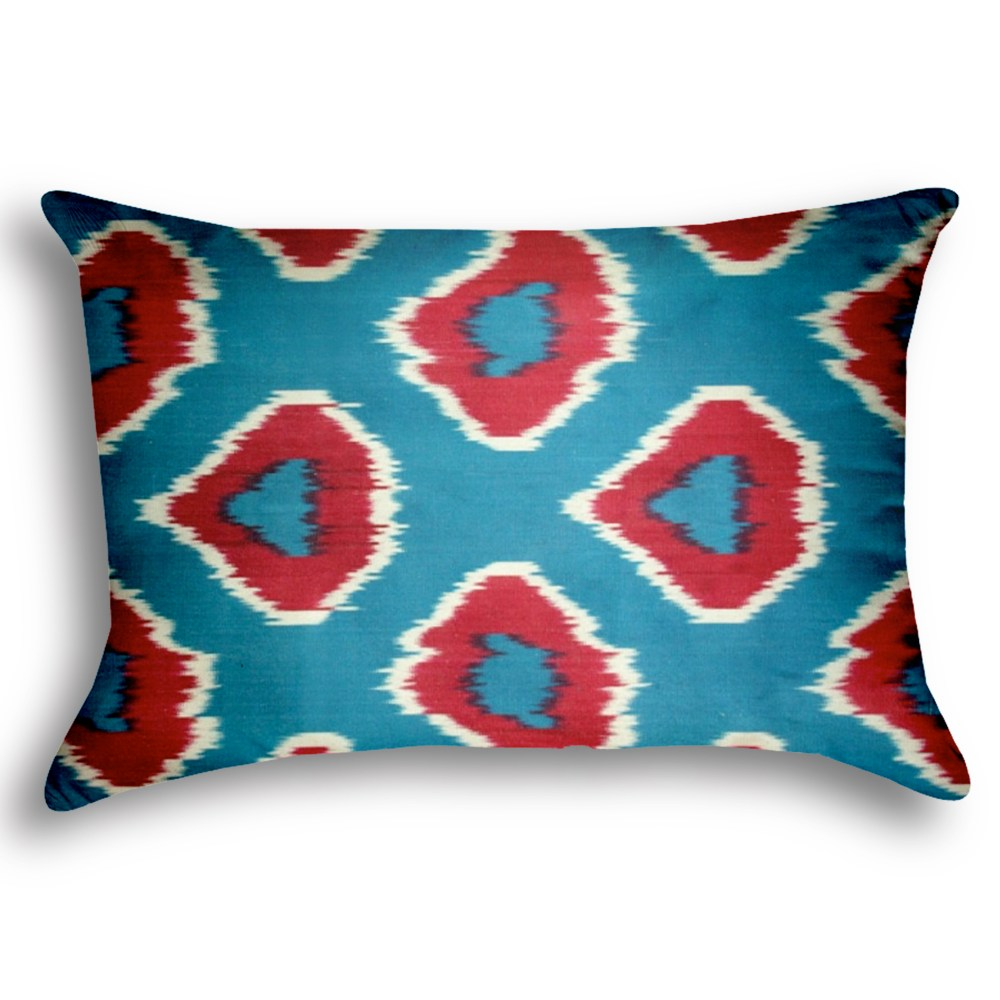 big-chefs-cafe-and-brasserie-silk-ikat-pillow-0016-square