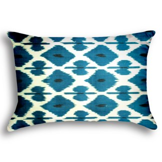 big-chefs-cafe-and-brasserie-silk-ikat-pillow-0020-square