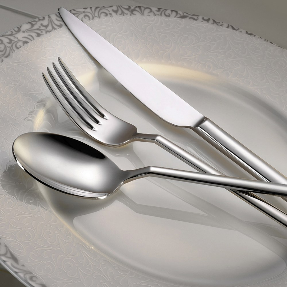 style-flatware-collection-lifestyle