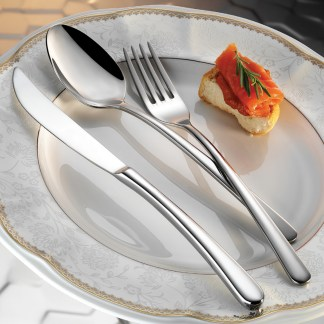 viole-s-flatware-collection-lifestyle